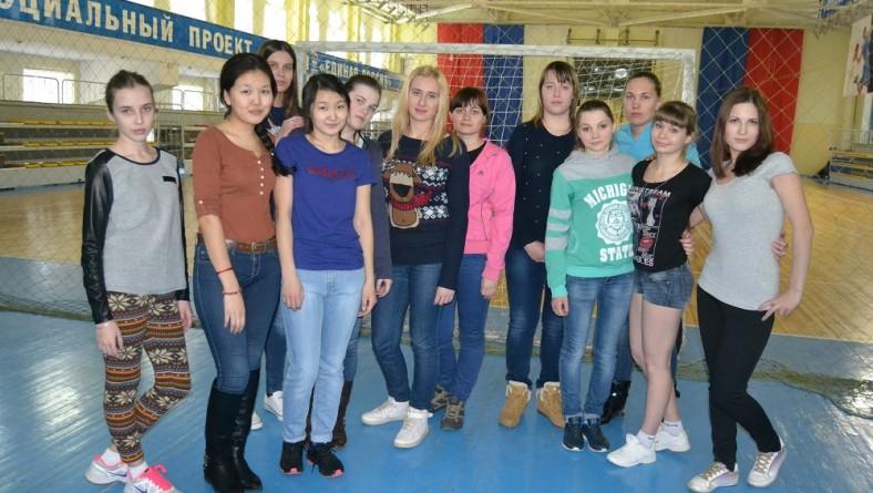 Соревнования по женскому армспорту
