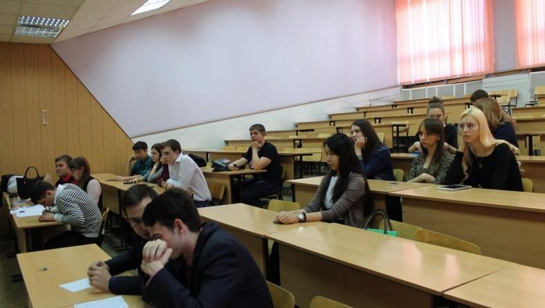 Очередное заседание Дискуссионного клуба первокурсников