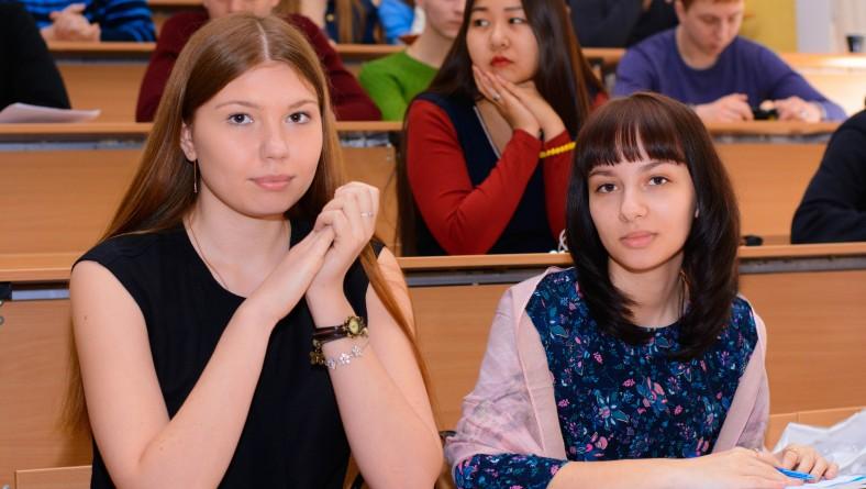 В  Институте правоохранительной деятельности состоялась  потоковая научная студенческая конференция «Мифы и фальсификации Российской (Отечественной) истории»
