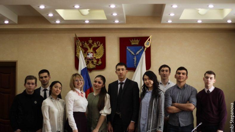 Состоялось первое заседание студенческого дискуссионного клуба «Точка зрения» в 2018 году